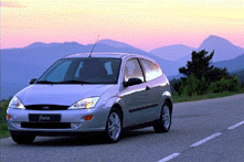 Ford Focus 2.0i Trend /2000/